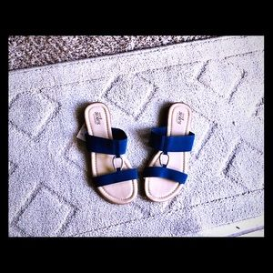 Catherine's Size 7/8 wide cute Blue sandals